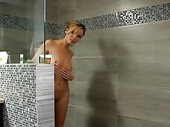 Cougar hot videos - hot nude college girls